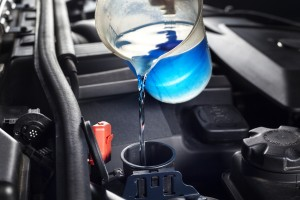 Refilling the windshield washer system antifreeze